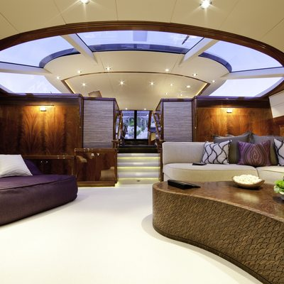 Destination Yacht Lower Saloon