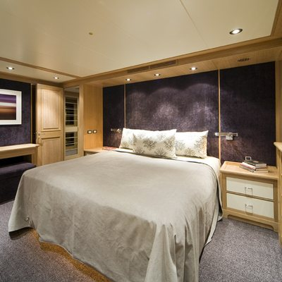 Cyan Yacht Guest Stateroom