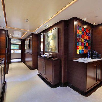 Prana Yacht Foyer