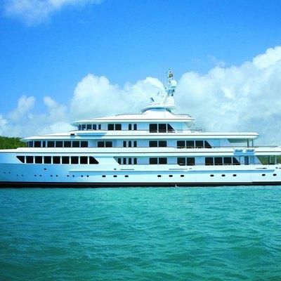 Utopia Yacht Main Profile