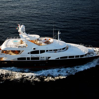 Blue Vision Yacht Underway