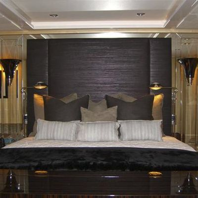 G Force Yacht Master Stateroom - Bed