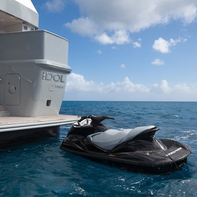 Idol Yacht