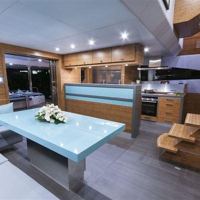 Skylark Yacht