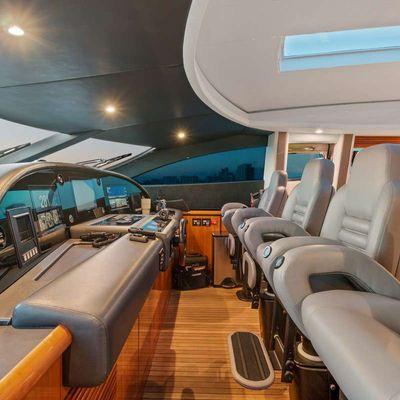 Privee Yacht
