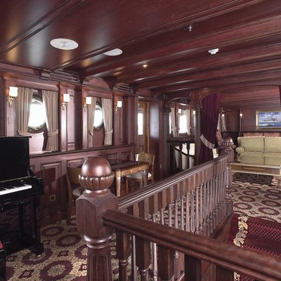 SS Delphine Yacht Salon - Piano