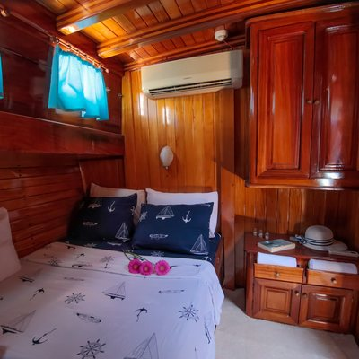 Lady Sovereign II Yacht