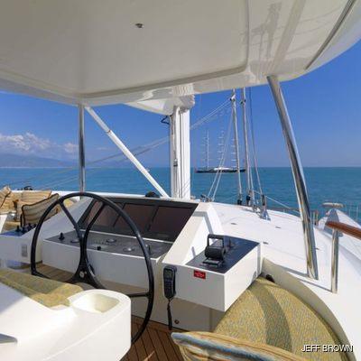 Hemisphere Yacht Pilothouse