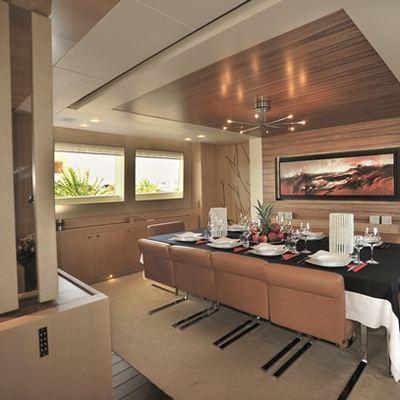 Espresso Yacht Dinning Area