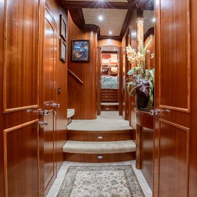 Kentucky Belle Yacht