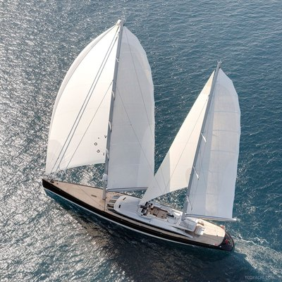 Vertigo Yacht Running Shot - Aerial View