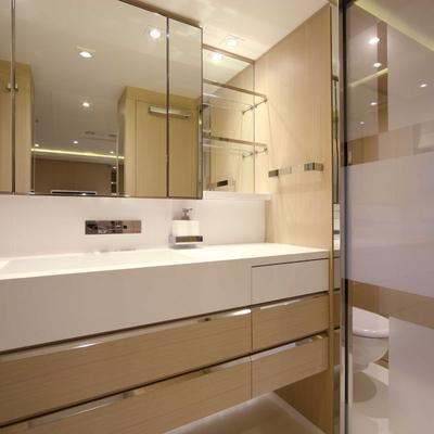 Light Holic Yacht Ensuite
