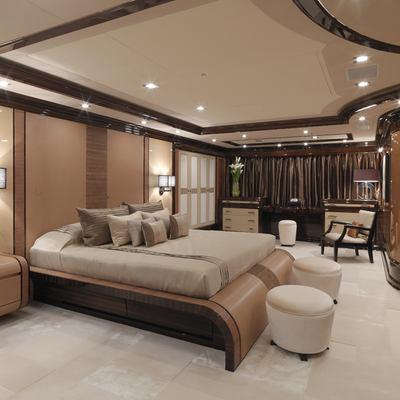 Meamina Yacht Master Stateroom