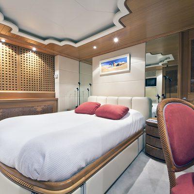 Desamis B Yacht VIP Stateroom