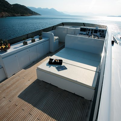 Obsesion Yacht Sundeck - Seating