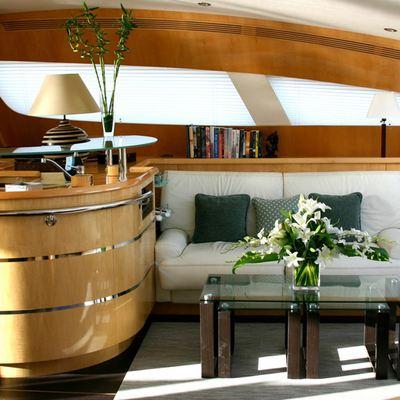 Matau Yacht