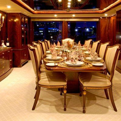 Bellami.Com Yacht Table Set
