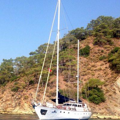 Hermes Yacht