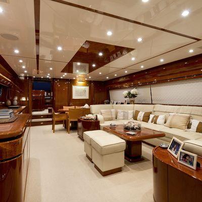Stefania Anais Yacht