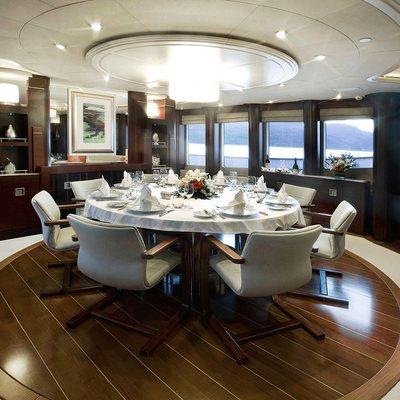 De Lisle III Yacht Dining Salon