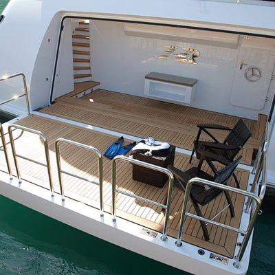 Hurricane Run Yacht