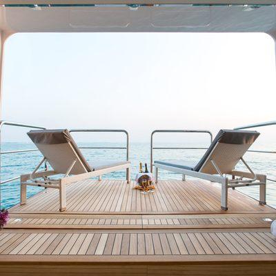 Moonlight II Yacht Beach Club - Balcony