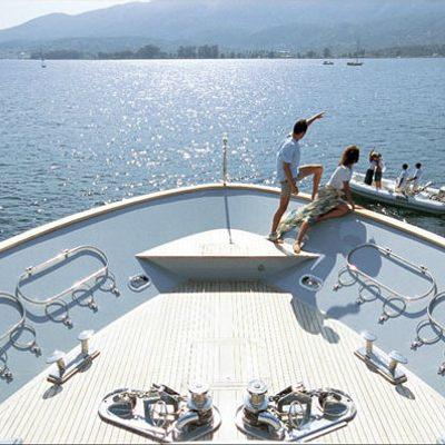 Kintaro Yacht Fore Deck