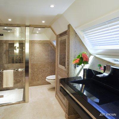 Hemisphere Yacht Master Shower Room
