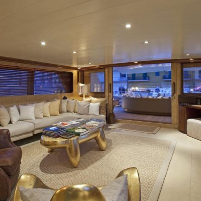 Sirahmy Yacht Upper Lounge