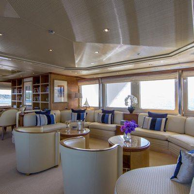 Lady Ellen II Yacht Skylounge