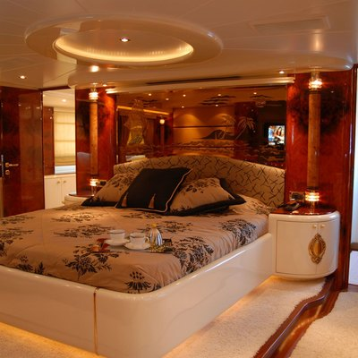 Crocus Yacht Guest Stateroom