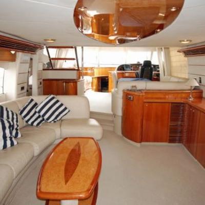 Lady Esther Yacht Salon