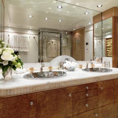 Balaju Yacht Guest Bathroom - Detail