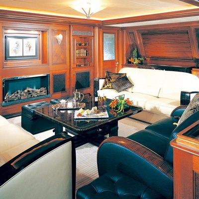 Tiara Yacht Main Saloon