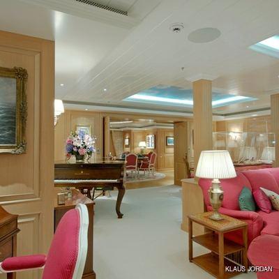 Huntress Yacht Salon - Piano