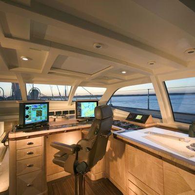 Asolare Yacht Bridge