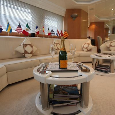 Moondance Yacht