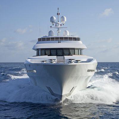 Carpe Diem Yacht Running Shot - Bow