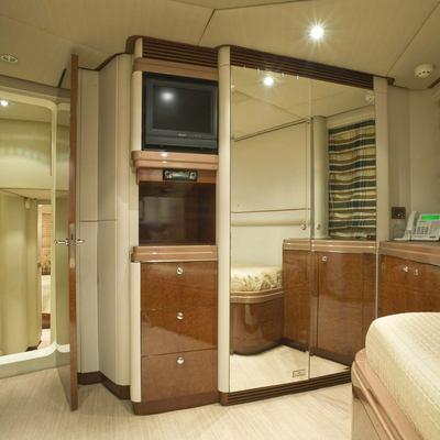 Denrae Yacht