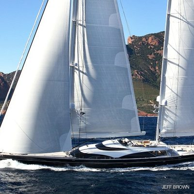Twizzle Yacht