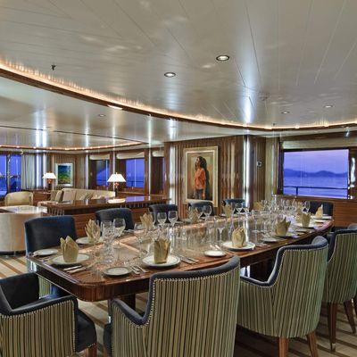 O'Neiro Yacht Dining Salon