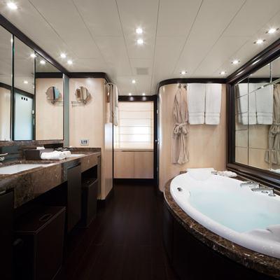 Lisa IV Yacht Master Bathroom