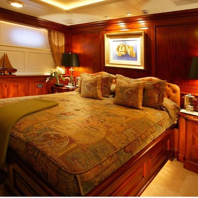 Paraffin Yacht Guest Stateroom