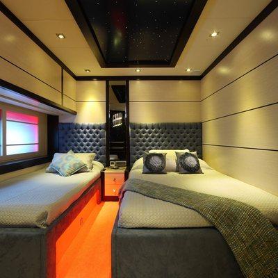 Perla del Mare Yacht Twin Stateroom