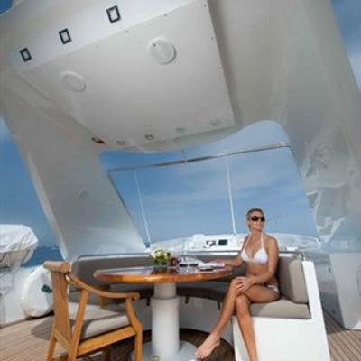 Palm B Yacht Flybridge Seating