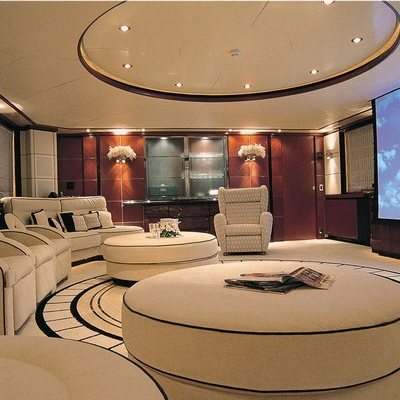 Magenta M Yacht Upper Salon/Cinema
