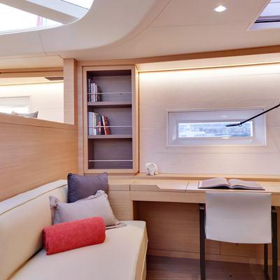 Crossbow Yacht