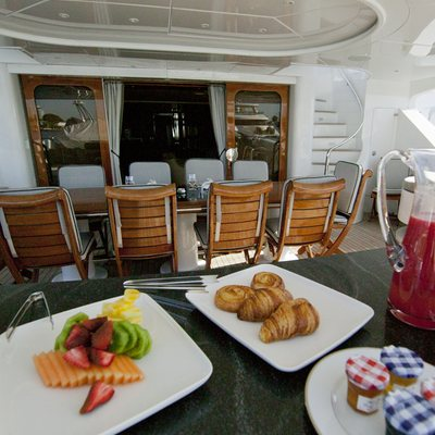 Il Sole Yacht Bridge Deck Aft dining