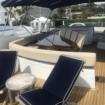 Tauri Yacht