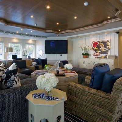 Diamond Yacht Upper Saloon
